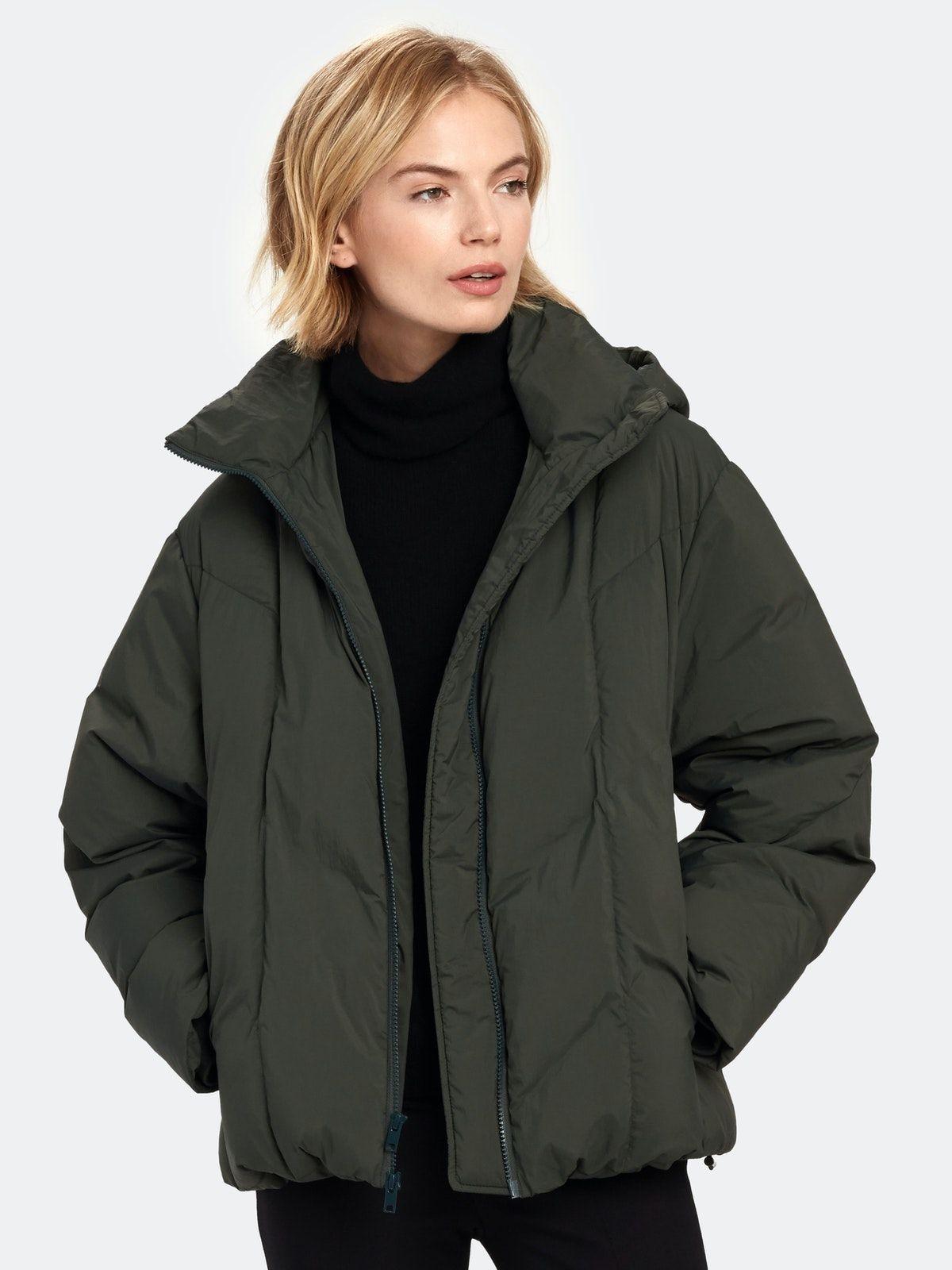 Vince Hooded Puffer Jacket Jackets Puffer Jackets Trendy Fall Coat [ 1600 x 1200 Pixel ]