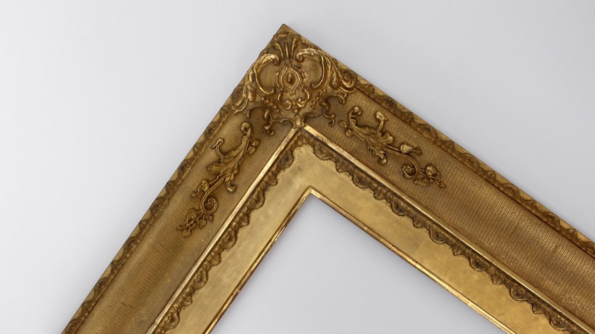 Traditional Ornamental Picture Frames Made by Rich & Davis Artisan ...