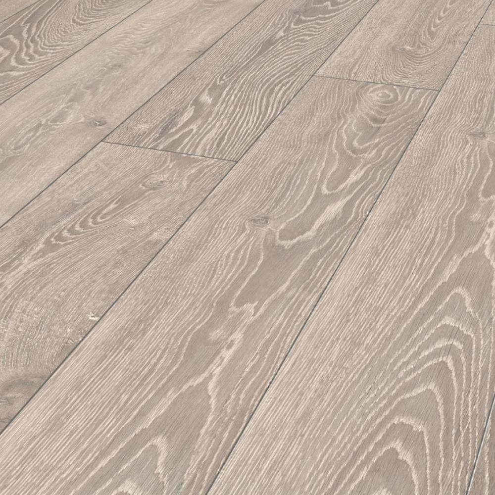 Home Decorators Collection Montgomery Oak 12mm Thick X 8 03 In Wide X 47 64 In Length Laminate Flooring Oak Laminate Flooring Oak Laminate Laminate Flooring