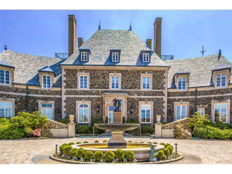 Seafair is a historic gated waterfront estate located at for Rhode island home builders