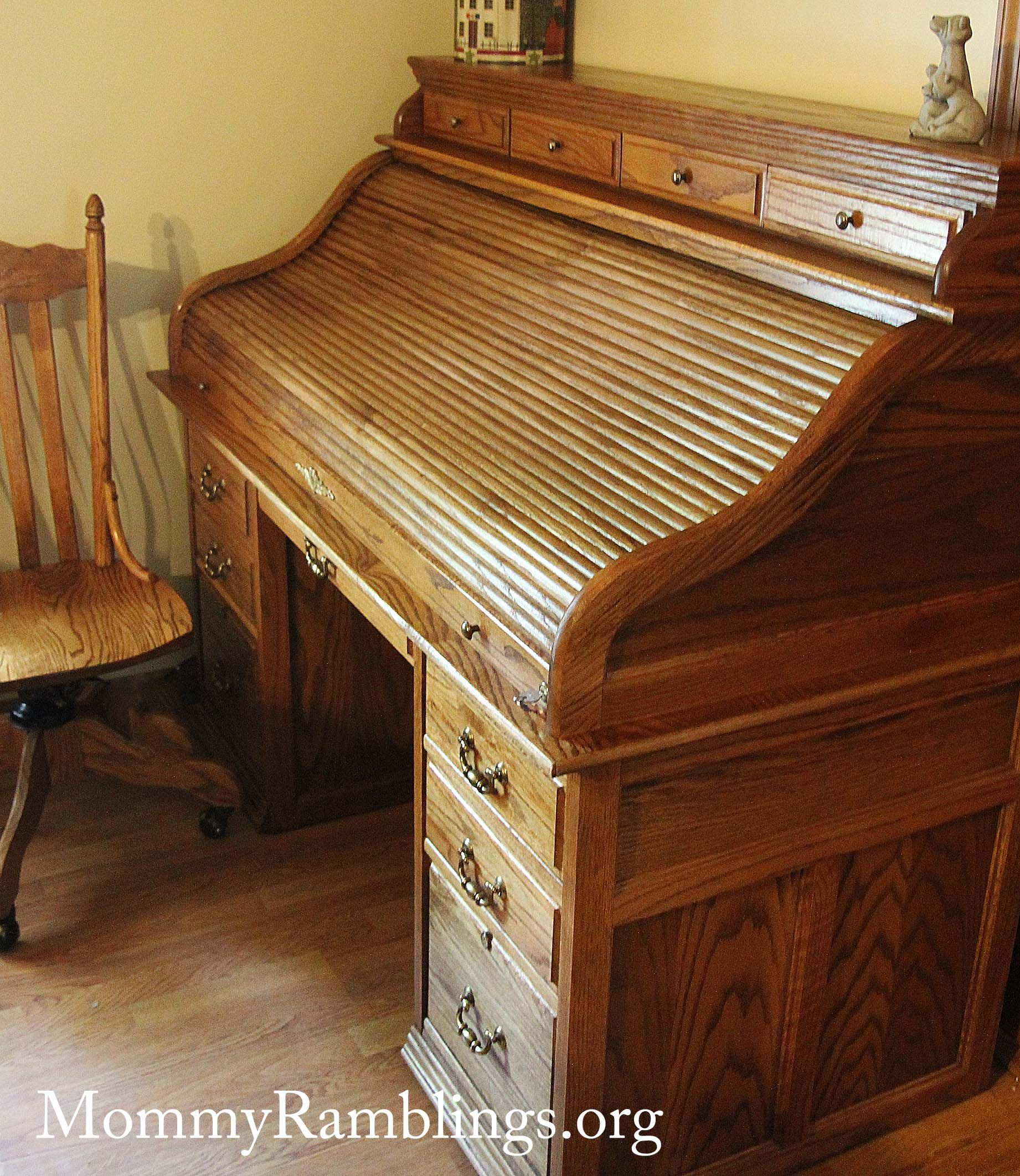 mint roll top desk that i bought for a song on craigslist mommy