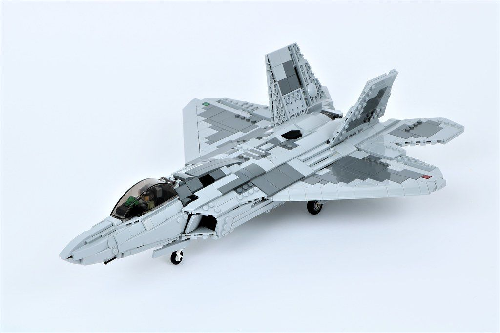 How To Build F 16 Fighter Jet Roblox Plane Crazy Youtube F 22 Raptor Raptor Air Show Lego Military