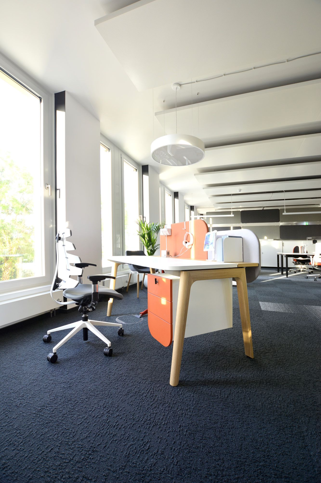 Now Our Clients And Partners Can Get Some Office Solutions Inspirations In Our New Showroom In Frankfurt It Is Our 7t Furniture Office Solutions Office Design