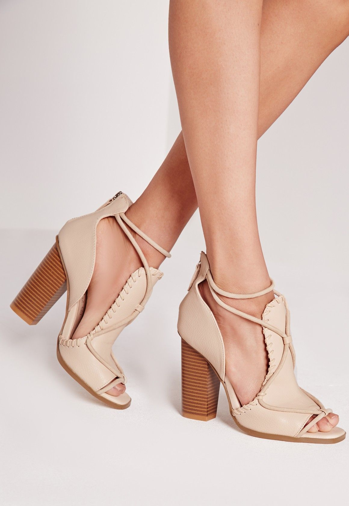 bee92152a649a Missguided - Sandales nude talon carré contrastant   Chaussures ...