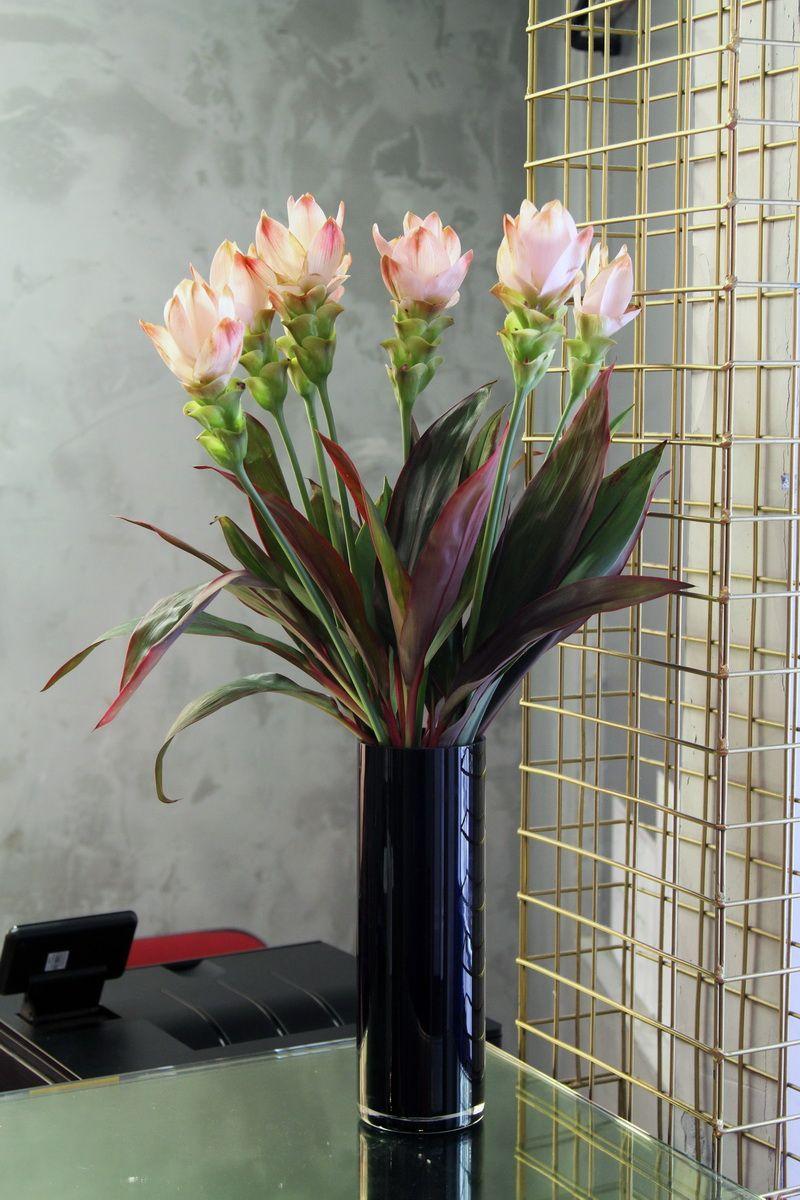 Office flower vase by uk florist and online gift delivery shop office flower vase by uk florist and online gift delivery shop flower delivery london izmirmasajfo