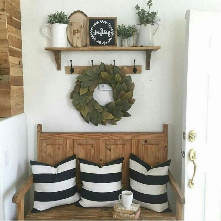 35+ Wonderful Rustic Farmhouse Entryway Decorating Ideas #farmhouse