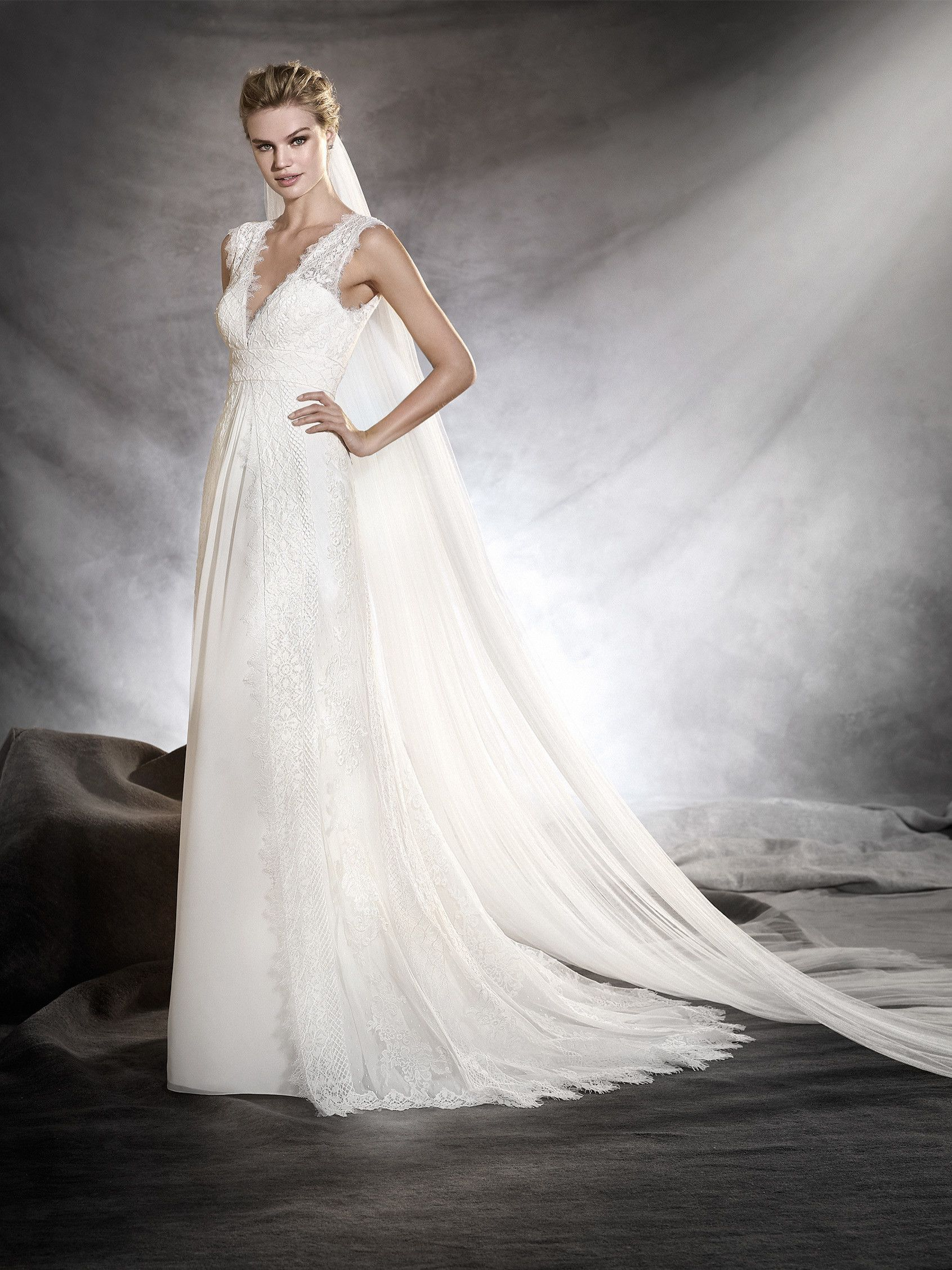 ODILIA - Ibiza-style, flared wedding dress | Jax\'s future wedding ...