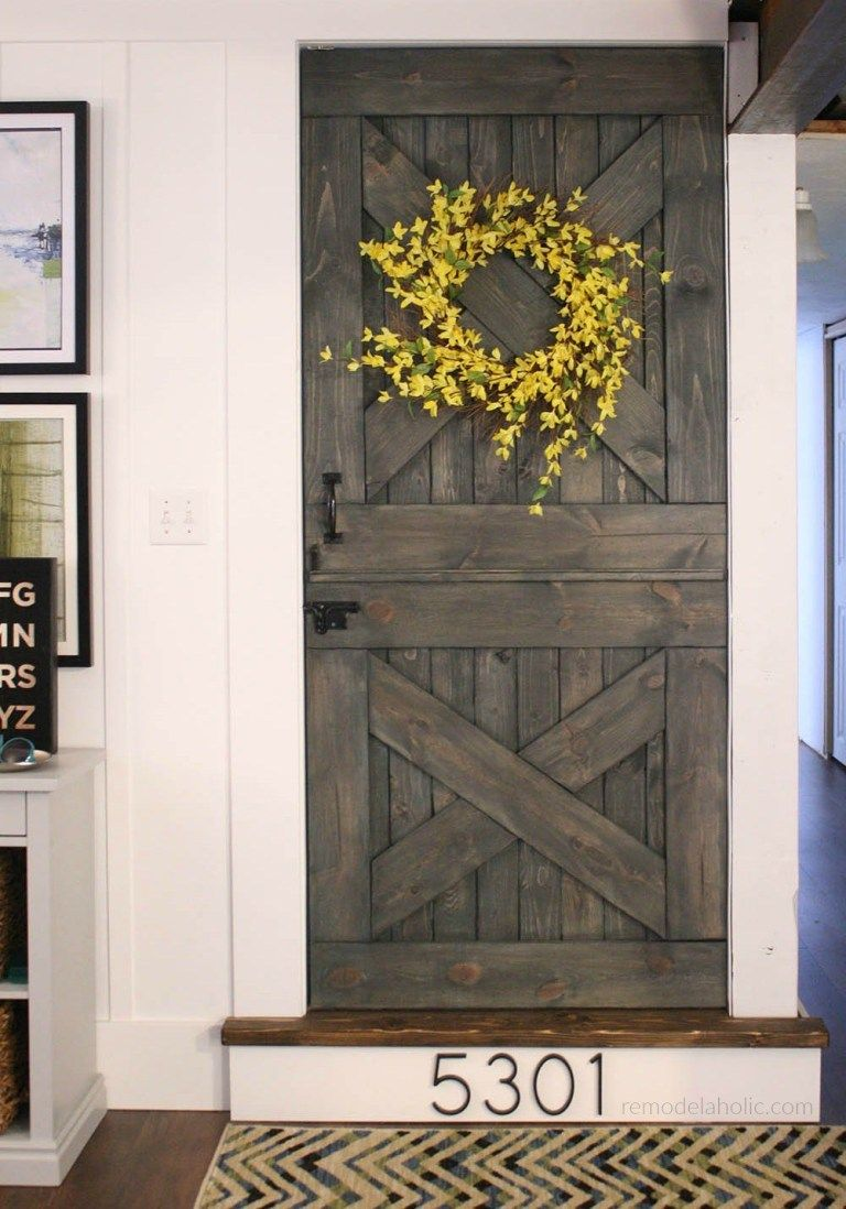 Color Washing Paint Technique Finished Dutch Barn Door Split Door Baby Gate Remodelaholic Idei Dlya Doma In 2019 Diy Barn Door Barn Door Console Interior Barn Doors