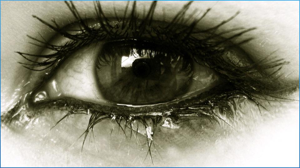 صور عيون حزينة 2021 رمزيات دموع عيون حزينة ميكساتك In 2021 Eyes Wallpaper Crying Eyes Eye Pictures