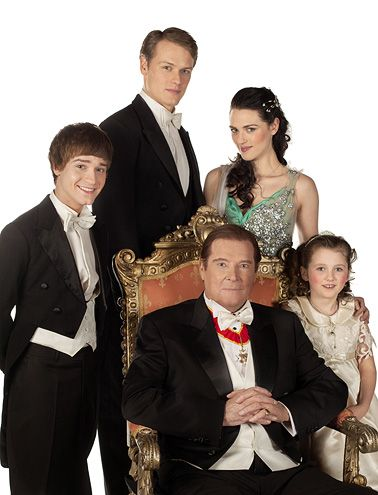 A Princess For Christmas Cast.See Photos From A Princess For Christmas Episodes Red