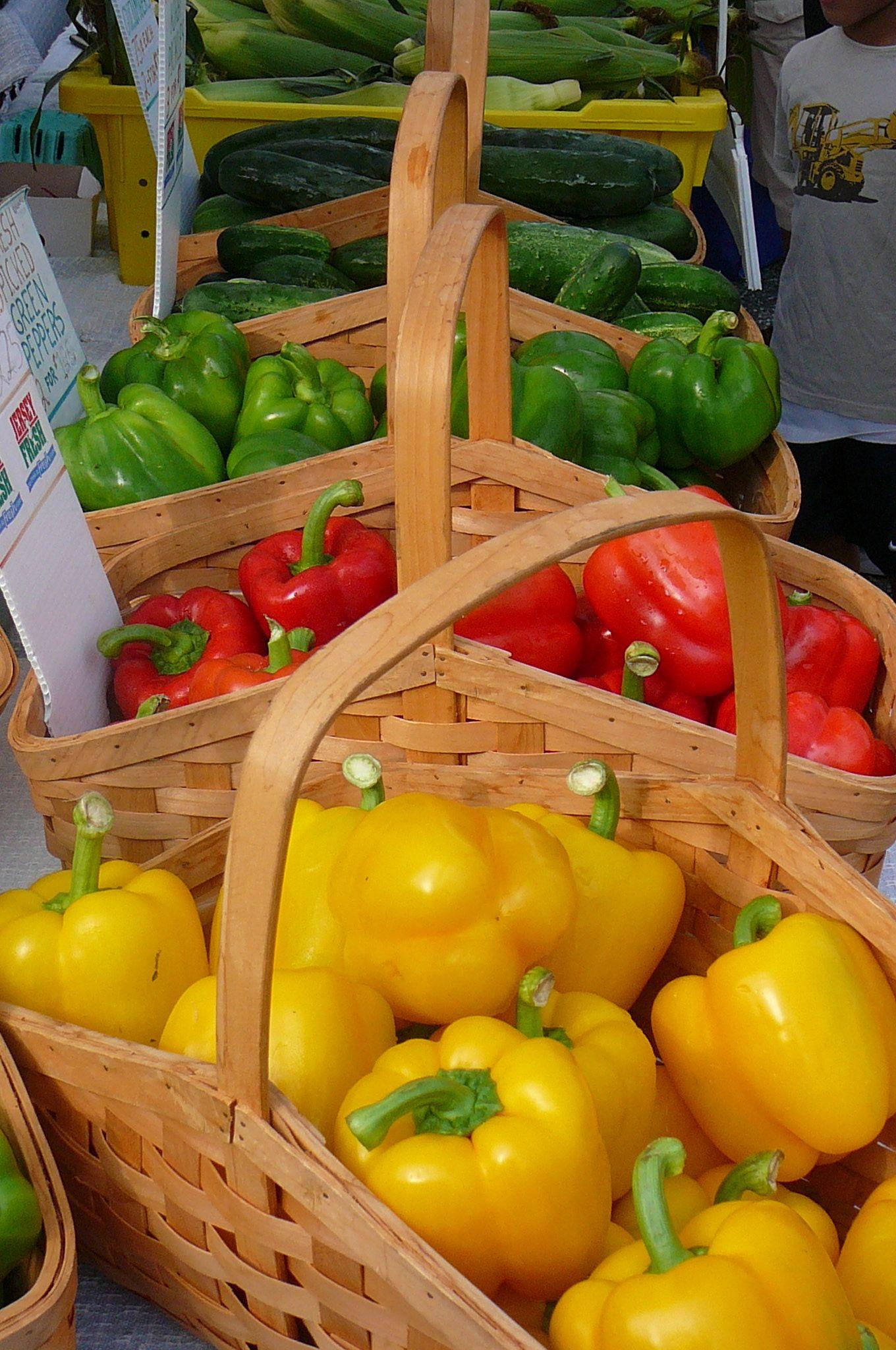 Ocean City Farmer's Market features farmfresh fruits
