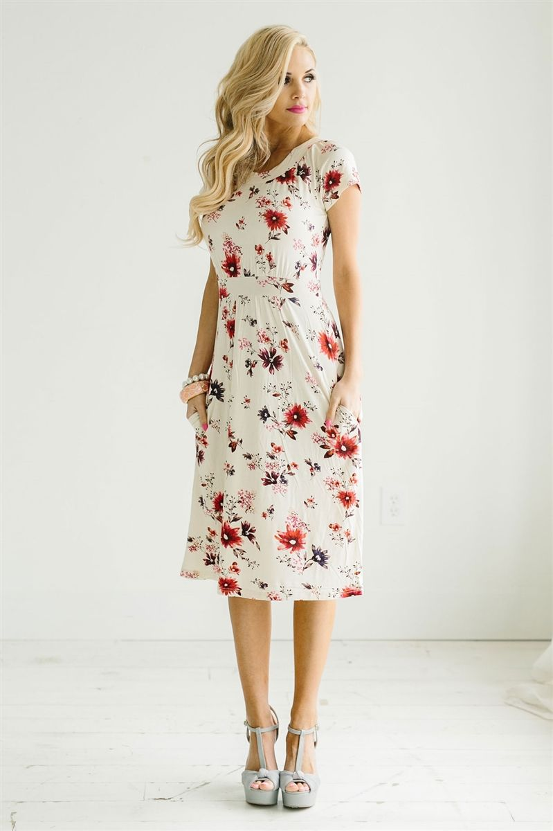 Red Pink Floral Modest Dress By Mikarose Cute Modest Church Dresses Modest Bridesm Modest Dresses Modest Bridesmaid Dresses Bridesmaid Dresses With Sleeves [ 1200 x 799 Pixel ]
