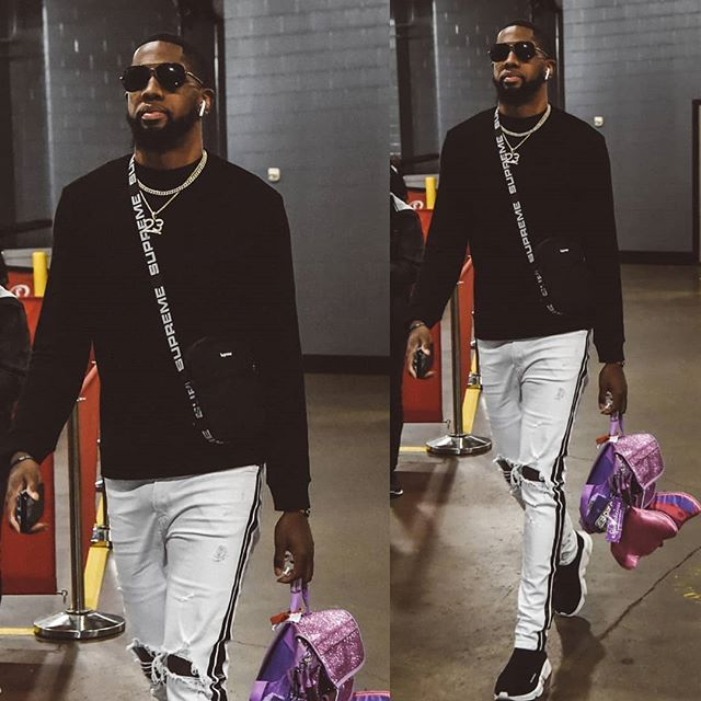 Utahjazz Baller Royceoneale Rocking Supreme Shoulder Bag Amiri Track Jeans And Balenciaga Sd Trainers No Id On The Small Pink