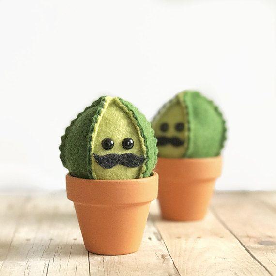 Mustache Felt Cactus / Faux Garden / Faux Succulent / Felt Plant / Wedding  Favor /
