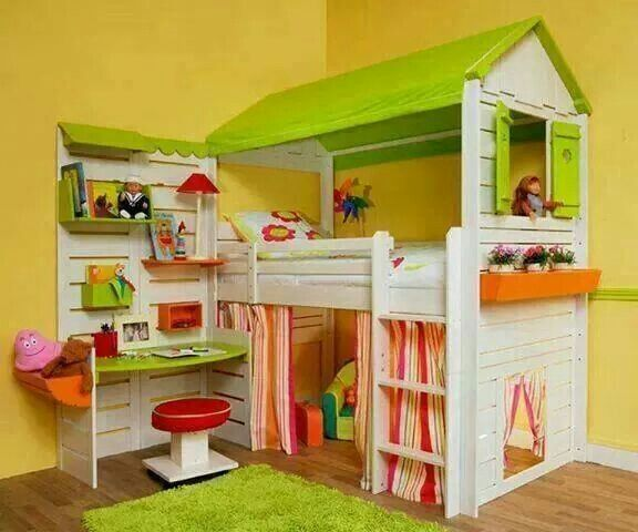 Play bed / house