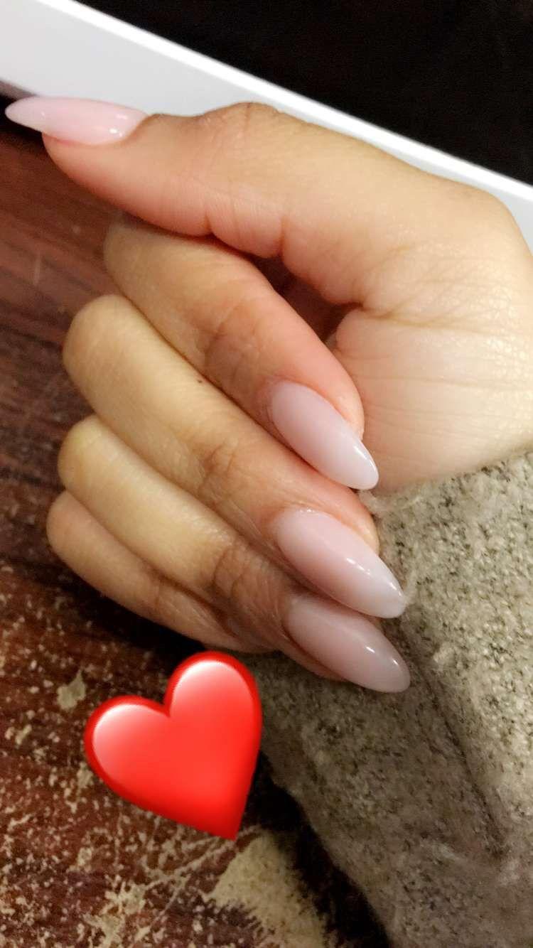 Almond shaped Essie Gel (E2) Nails | Nails | Pinterest | Essie gel ...