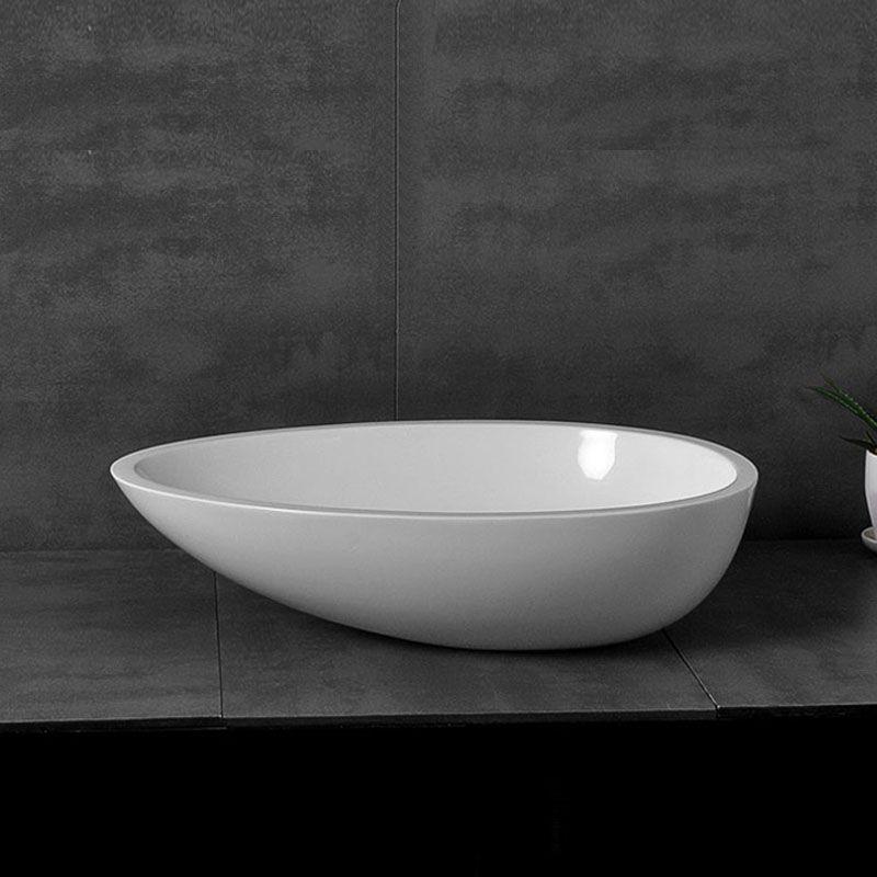 Modern Oval White Washbasin Deck Mounted Basin 8306
