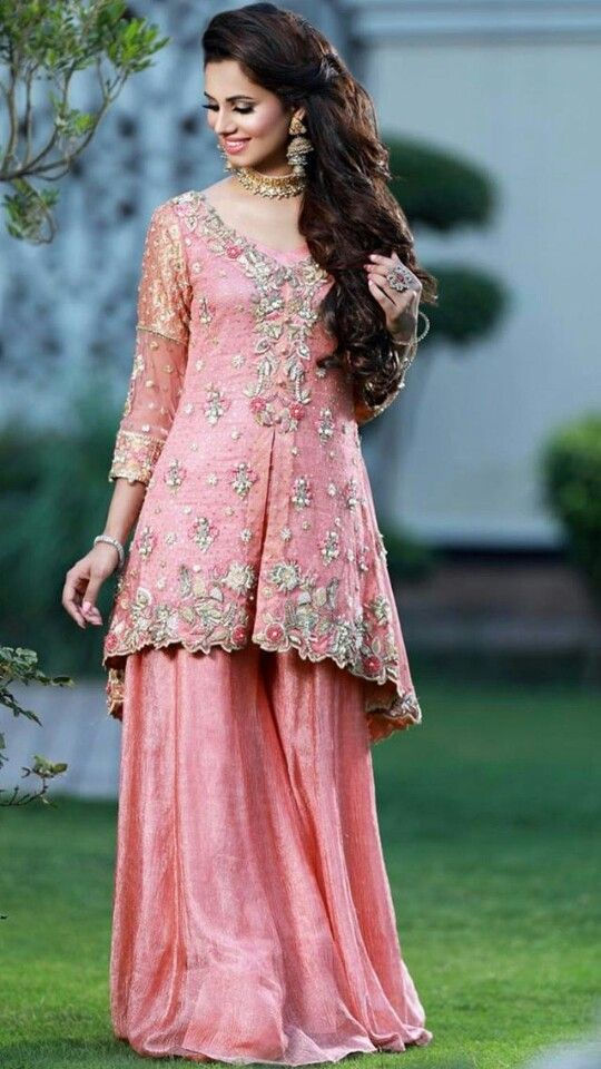 sardarniii | punjabi outfits | Pinterest | Traje y Vestiditos