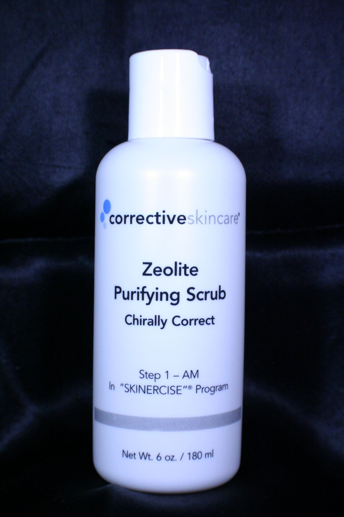 Zeolites grab environmental toxins and pull them away from your skin, leaving it rejuvenated and free of damage while real Blue Bonnet extract provides soothing chiromatherapy.