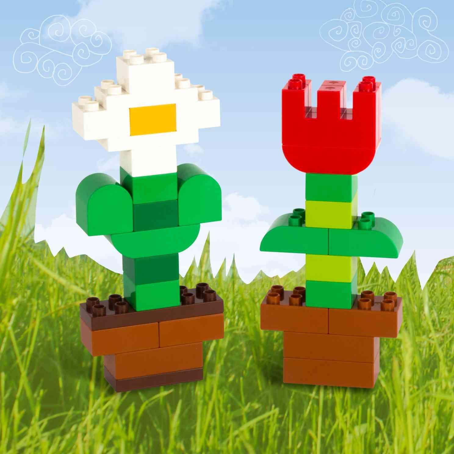 Rain Rain Go Away Take A Look At These Lego Duplo Flower Building