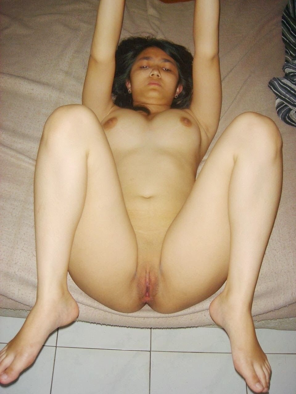 indonesian-galeris-pussy-photos-and-videos