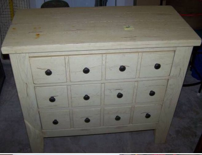 Broyhill Attic Heirlooms Apothecary Chest In Eggshell Color Broyhill Furniture Collection Furniture