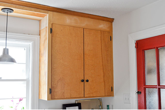 25 Days Of Penny Pinched Kitchen Makeovers Day 11 Add Trim To Cabinets Old Kitchen Cabinets Update Cabinets Kitchen Cabinet Remodel