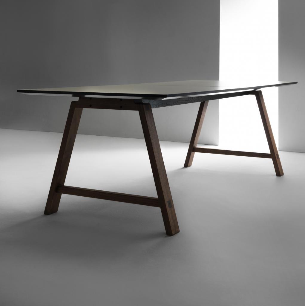Beautiful T1 Bykato Spisebord. Design: Bykato. Andersen Furniture.