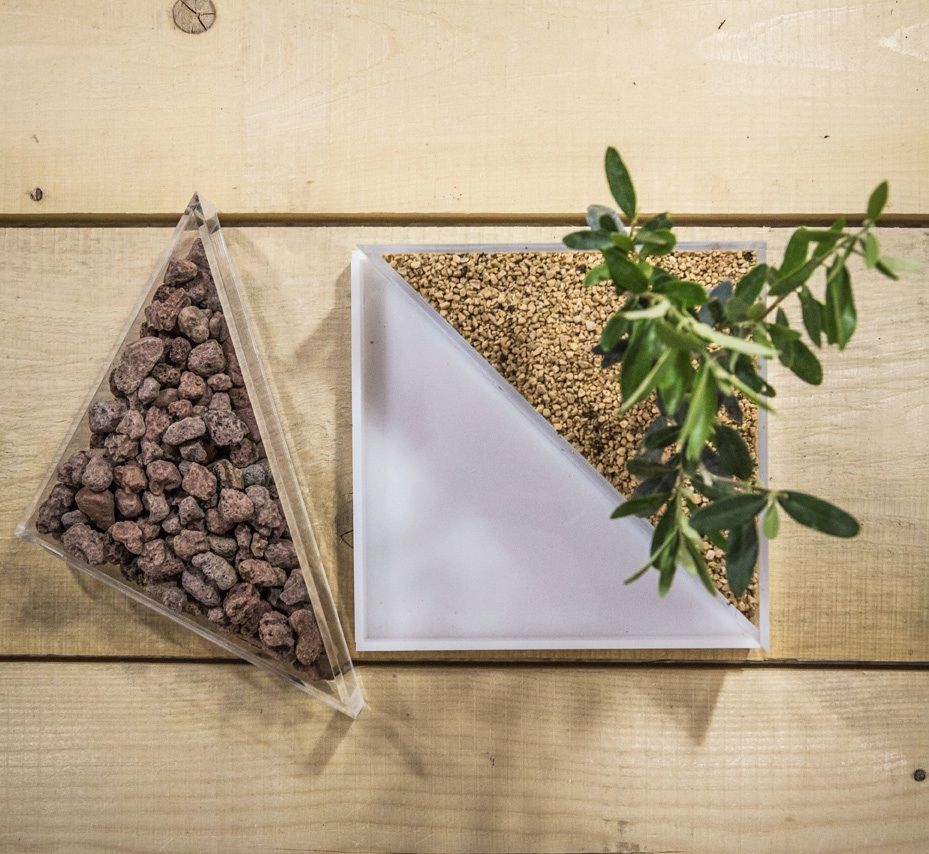 office gardening. A New Design Idea For #green Living And Office #niwabox #designtrasparente # Garden Gardening O