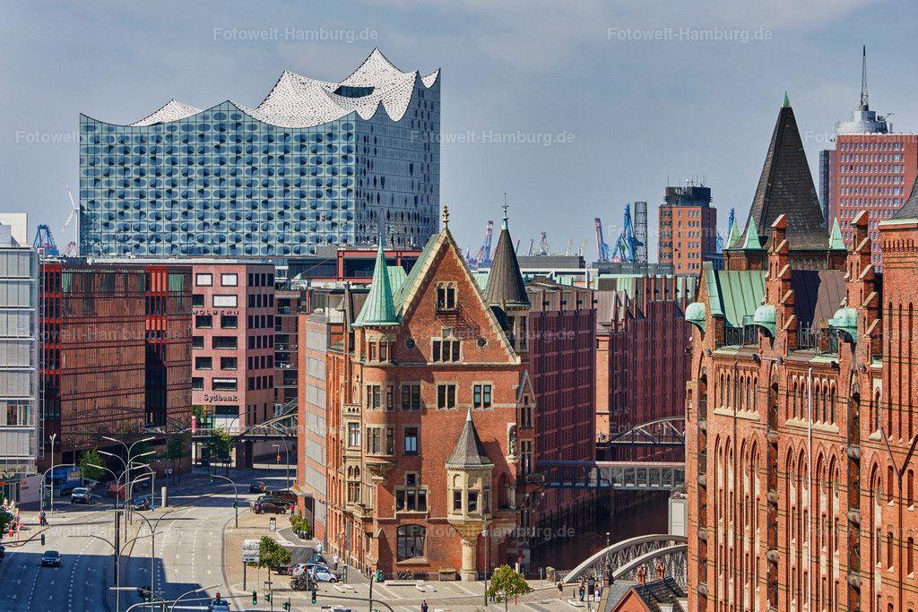 Blick Auf Die Speicherstadt Und Die Elbphilharmonie Elbphilharmonie Speicherstadt Hafen City Stadt Hamburg
