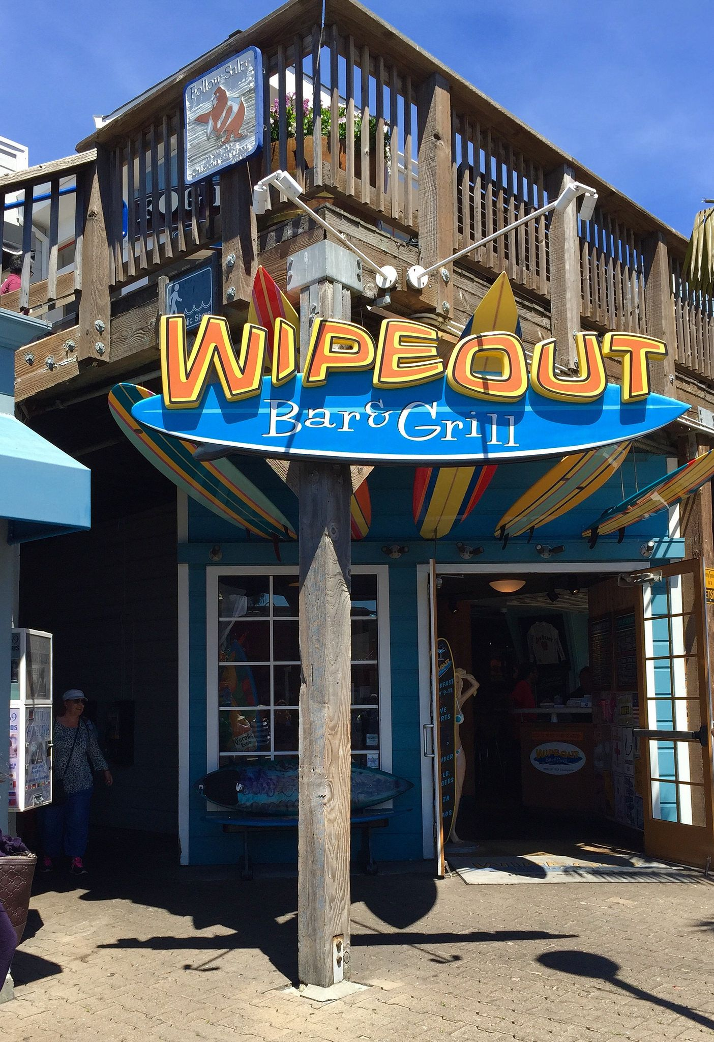 Wipe Out Bar Grill Pier 39 California Surf Surfing Pier