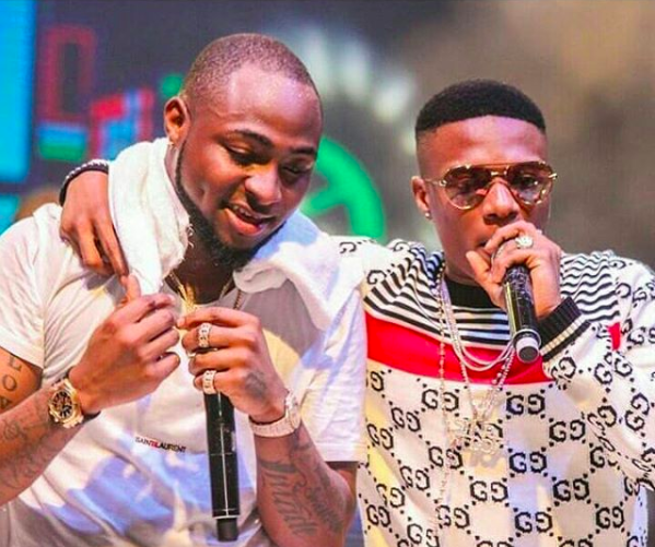 Wizkid and Davido perform MANYA at 30 billion concert [See Video And Photos]