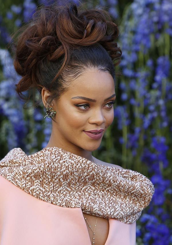 Rihanna Hairstyles rihanna hair style file 20 Holiday Party Hairstyles For 2015 Inspired By Celebs