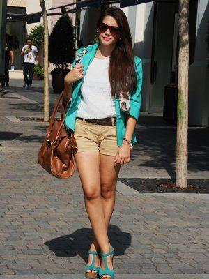 Aliciaentrelazosyvestidos Outfit camel balnco aguamarina Verano 2012. Combinar Tacones ...
