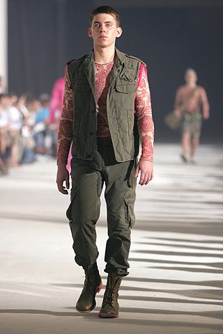 Alexander McQueen Spring 2005 Menswear - Collection - Gallery - Style.com