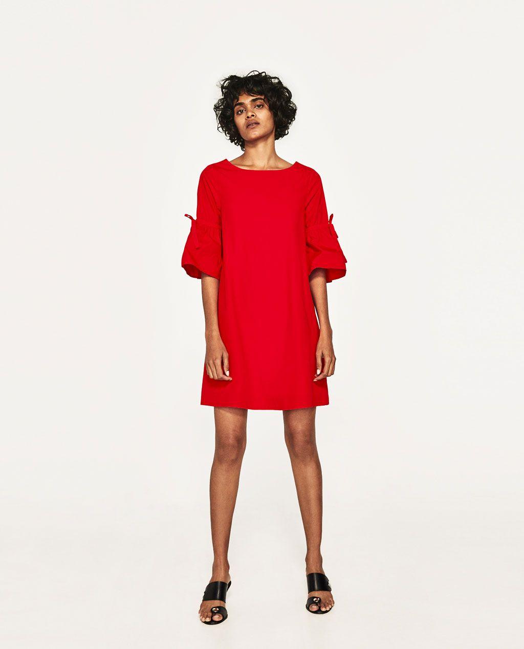 Rode Jurk Met Mouwen.Afbeelding 1 Van Mini Jurk Met Volant Op De Mouwen Van Zara