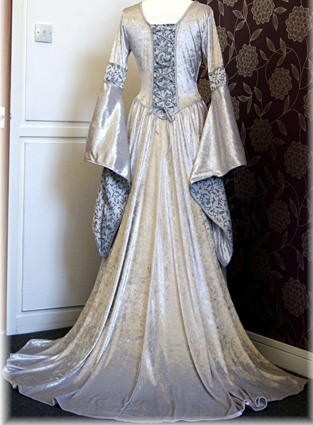 Medieval #Dress  Keltische hochzeitskleider, Renaissance kleider