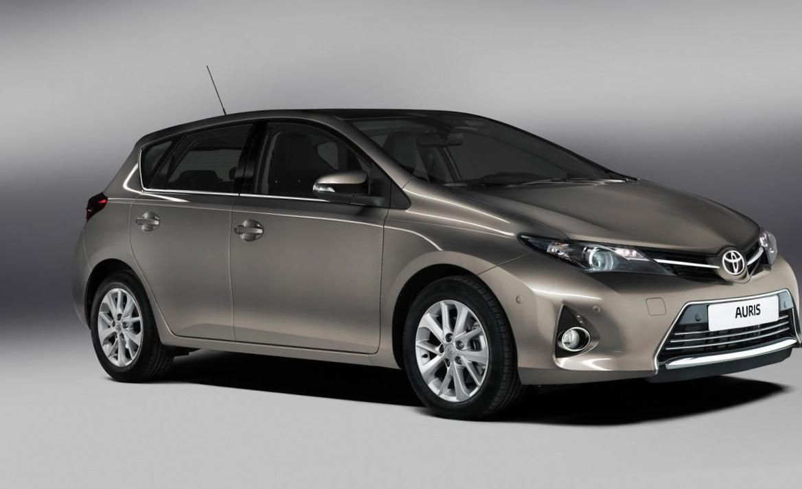 toyota auris hybrid usa auto. Black Bedroom Furniture Sets. Home Design Ideas