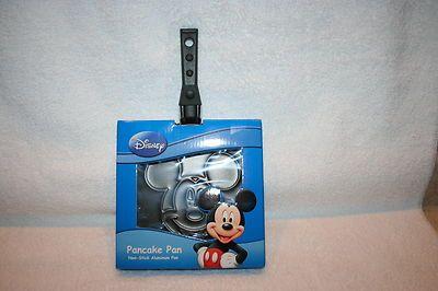 Mickey Mouse pancake pan