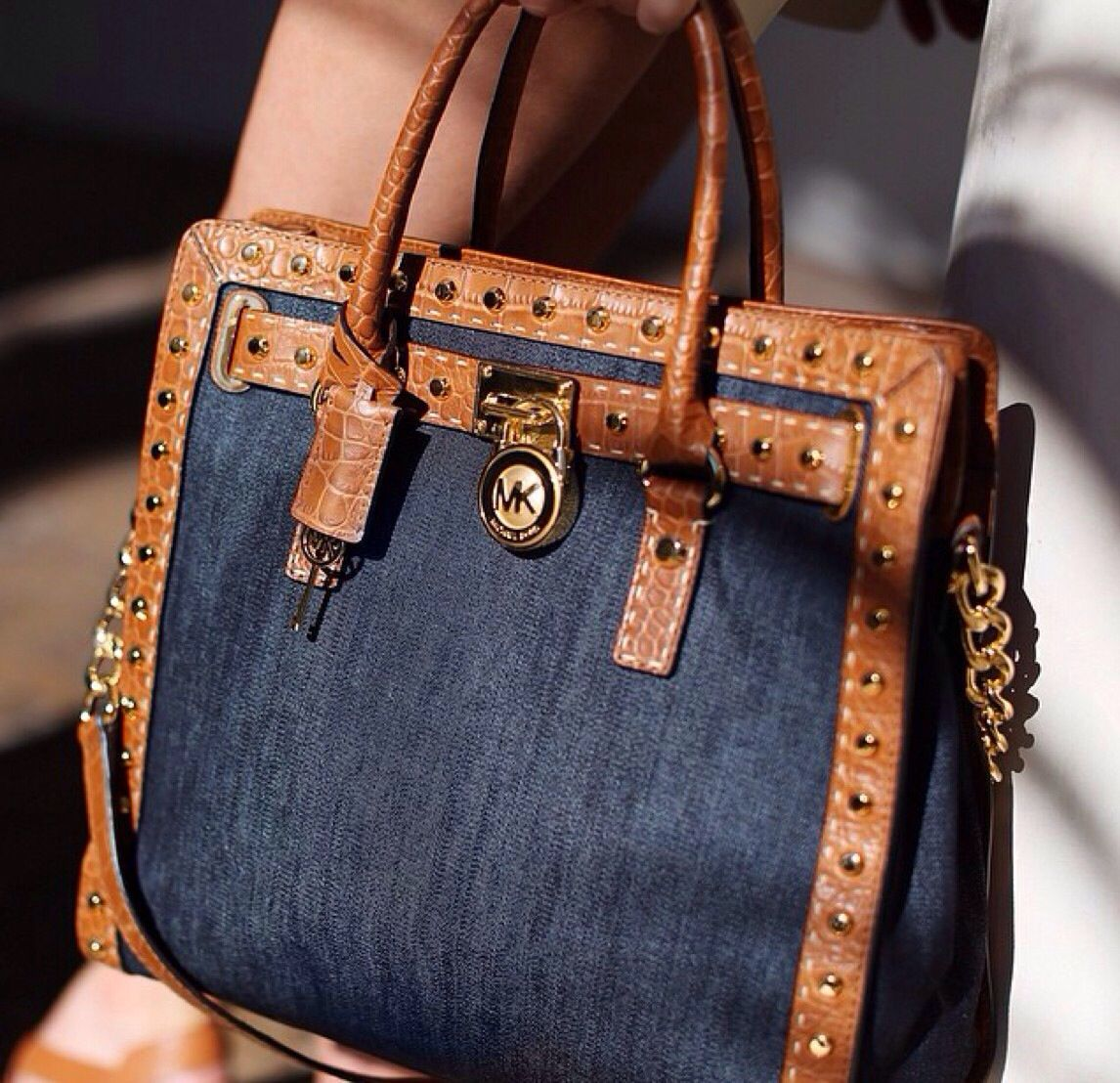 1a7e61d39f4d New! Michael Kors Denim bag ! | My Style in 2019 | Michael kors bag ...