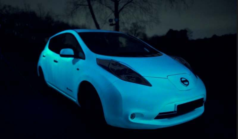 The Glow In The Dark Nissan S Car Paint Wordlesstech Nissan Leaf Nissan Car Painting