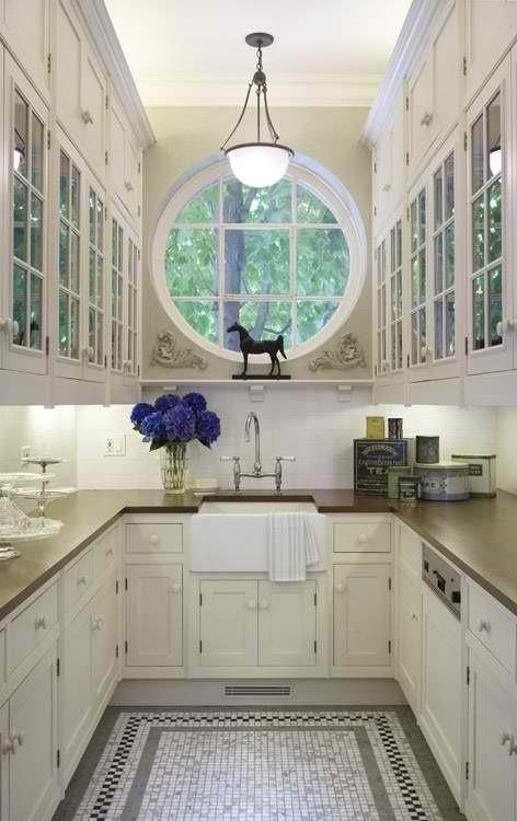 31 Stylish And Functional Super Narrow Kitchen Design Ideas ...