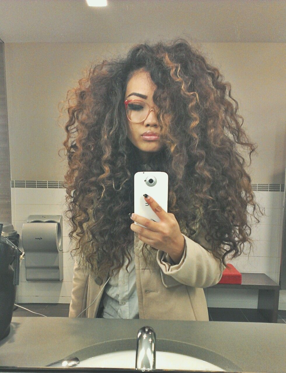 Long big curly hair tumblr images galleries with a bite Outfits for short hair pinterest