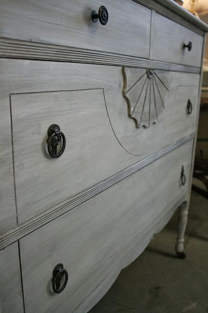 Layered White Gray Wash Finish With White Chalk Paint French Linen