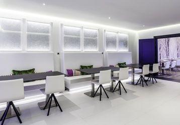 Ven a visitar nuestro #restaurante. Nuestro hotel con parking en #Madrid es ideal para almuerzos de #negocios.
