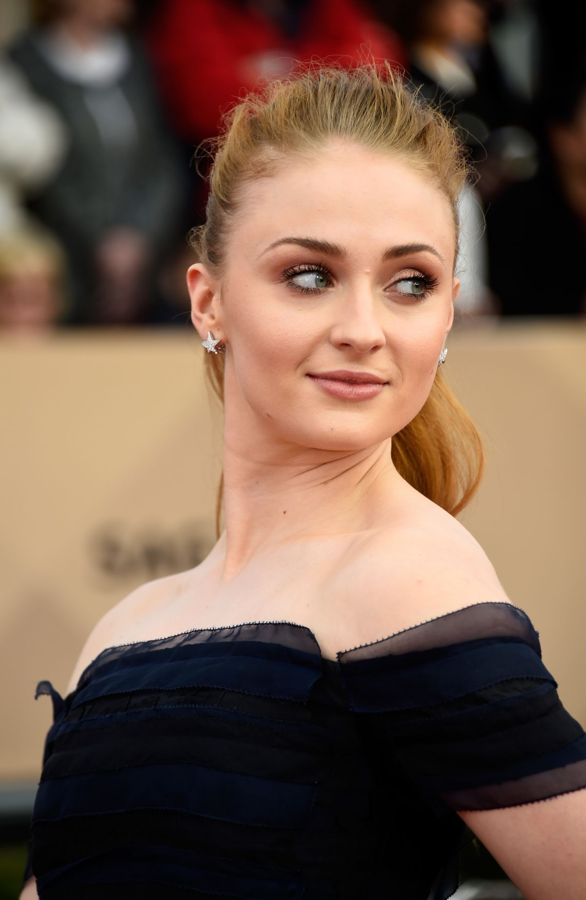 Sophie Turner At Screen Actors Guild Awards 2016 In Los