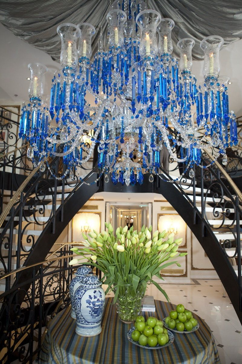 Super ship antoinette uniworld boutique river cruise collection baccarat blue chandelier from tavern on the green restaurant is traveling these days on the ss arubaitofo Images