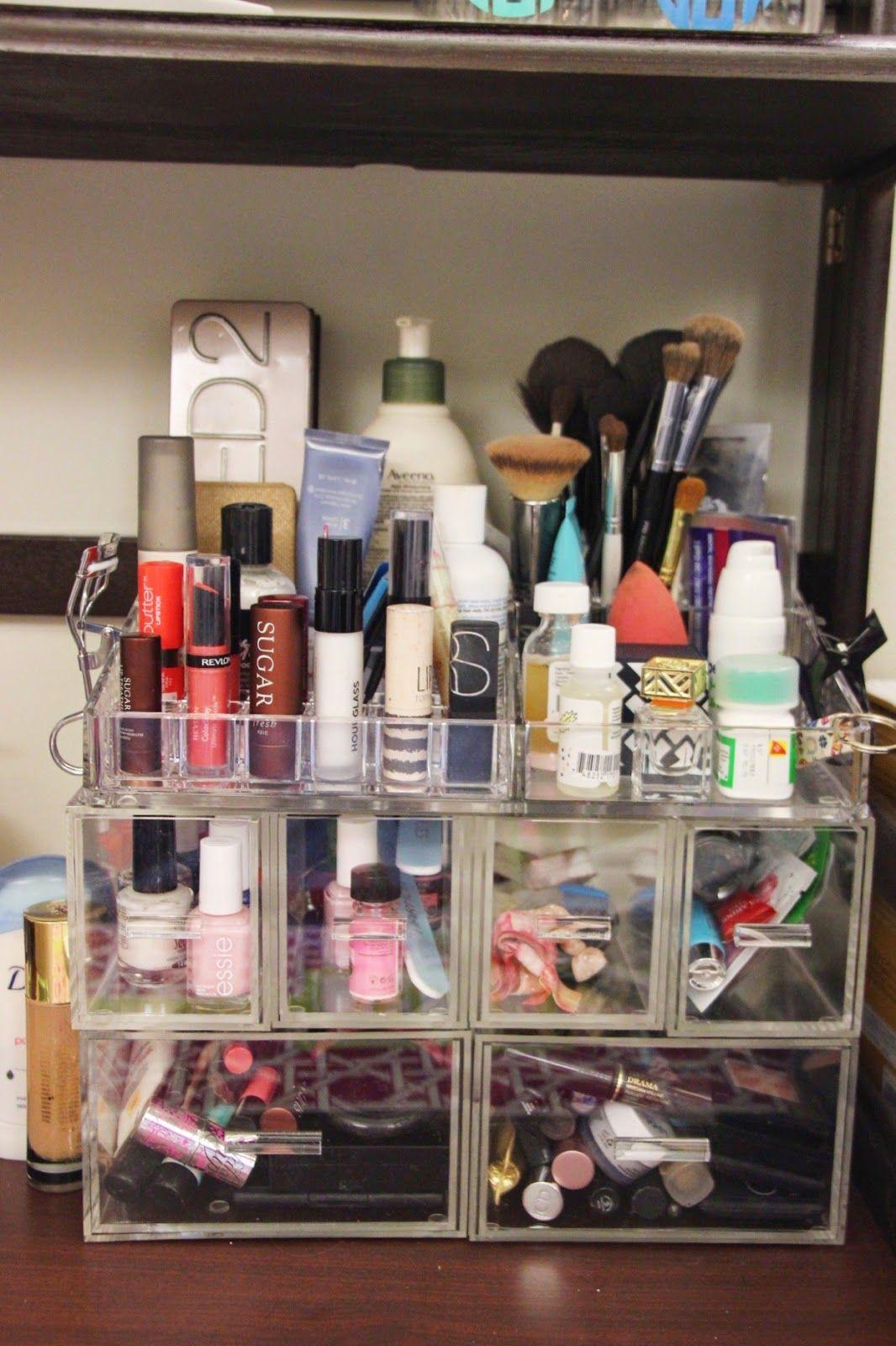 Dorm makeup storage dash of serendipity dorm room - College dorm storage ideas ...