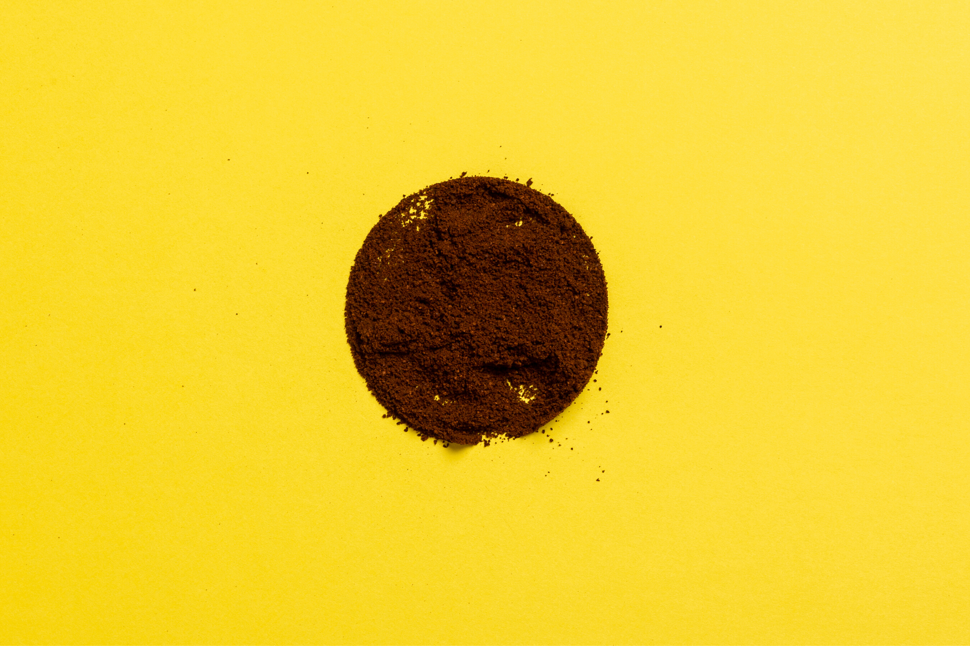 Coffee grounds can also be used to make cakes, biscuits