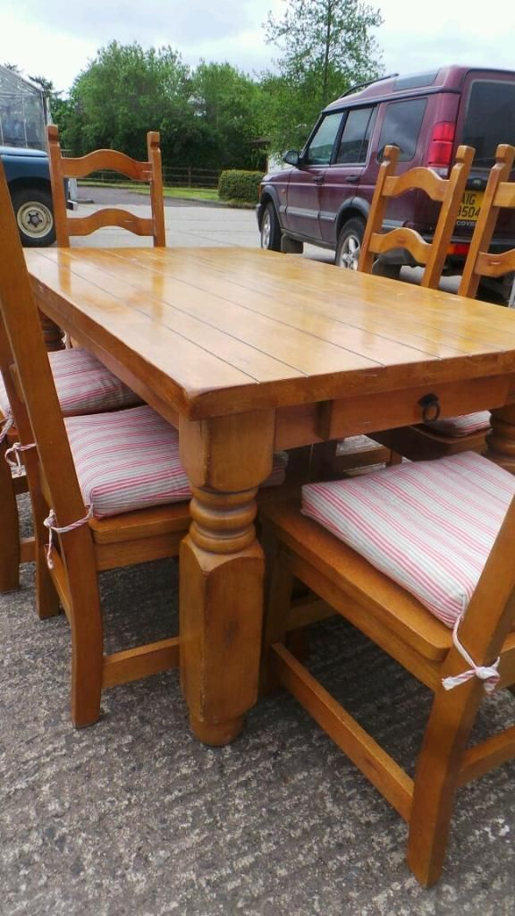 Farmhouse Style Pine Chunky Table And Chairs